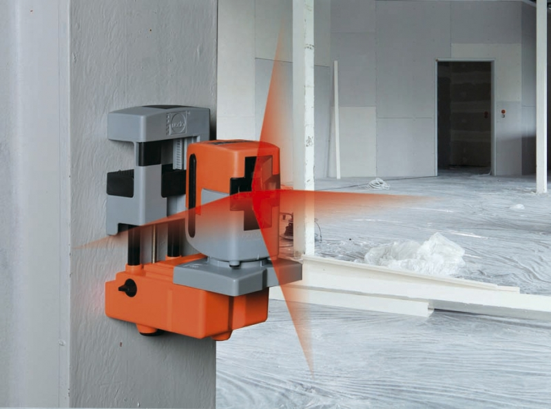 Křížový nivelační laser QUASAR 2 NEDO